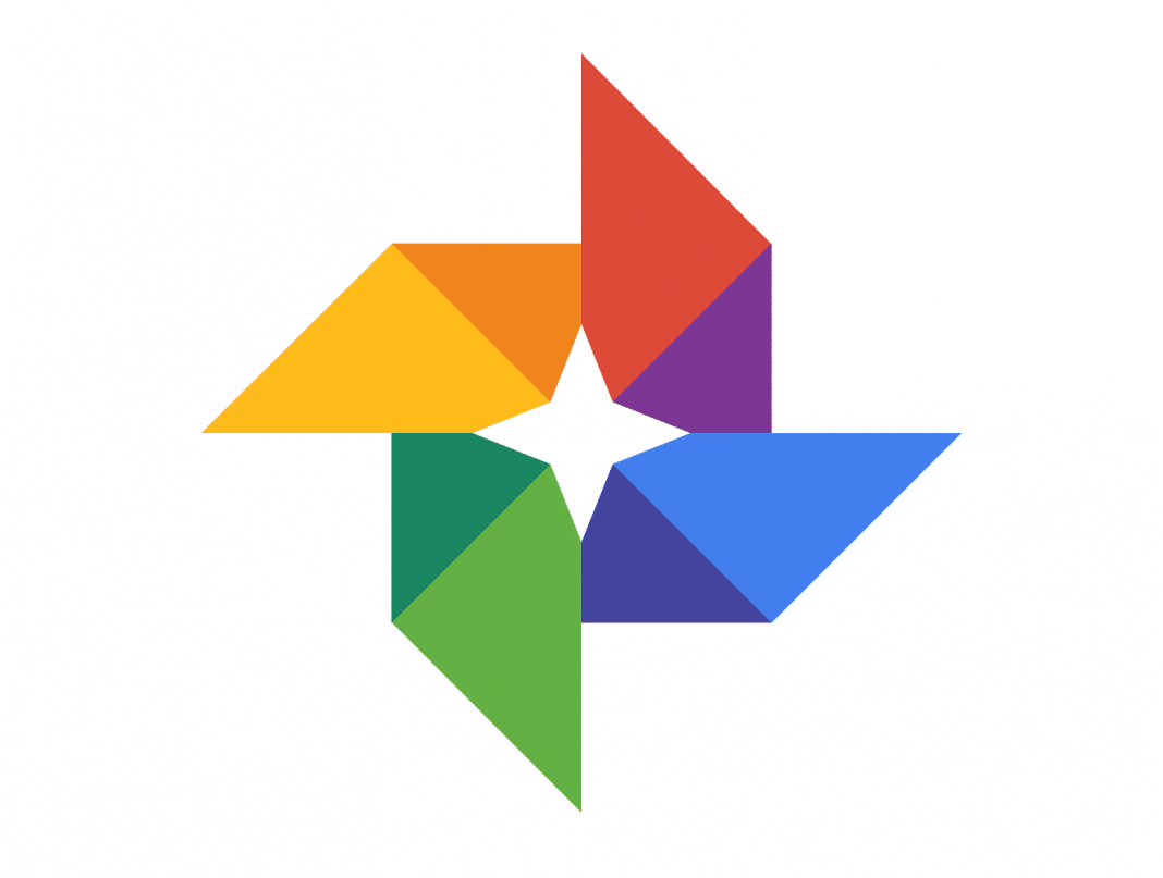 You are currently viewing Google foto come funziona : impostare backup foto su Android e iOS