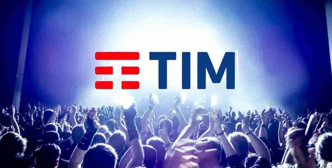 contattare operatore TIM da telefono o social