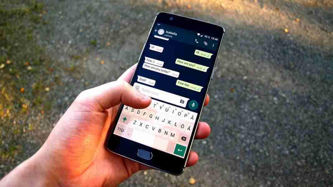You are currently viewing Esportare conversazioni WhatsApp via email e salvarle dove vuoi in formato testo