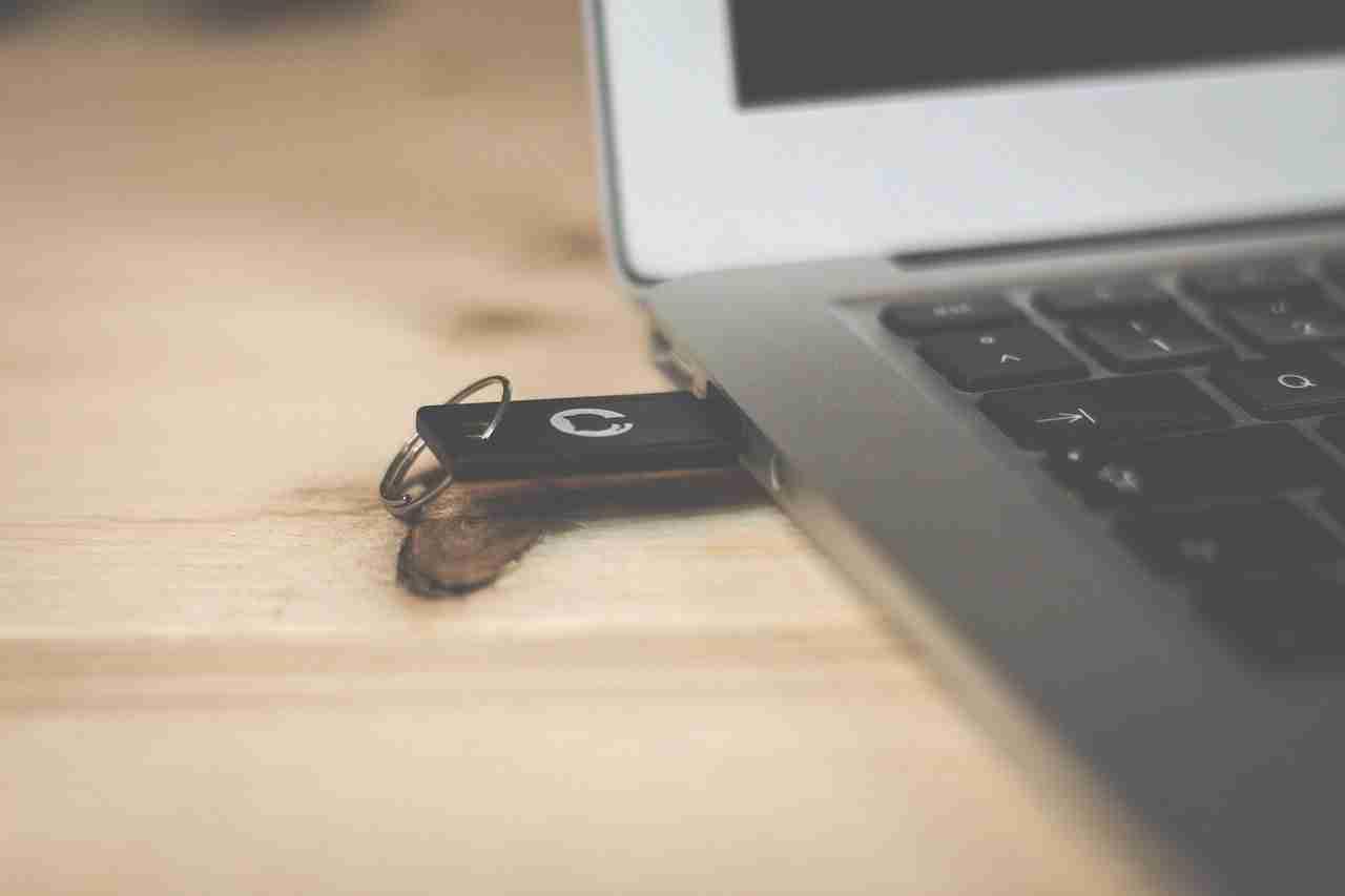 Come creare un USB avviabile per qualsiasi sistema operativo