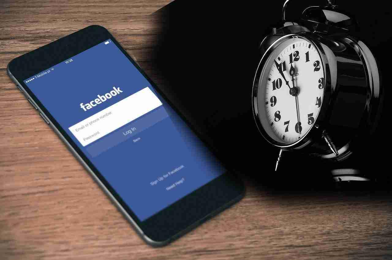 Metti in pausa per 30 giorni Facebook