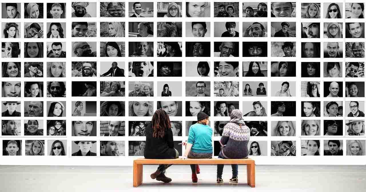 App per cambiare l'espressione del volto in una foto