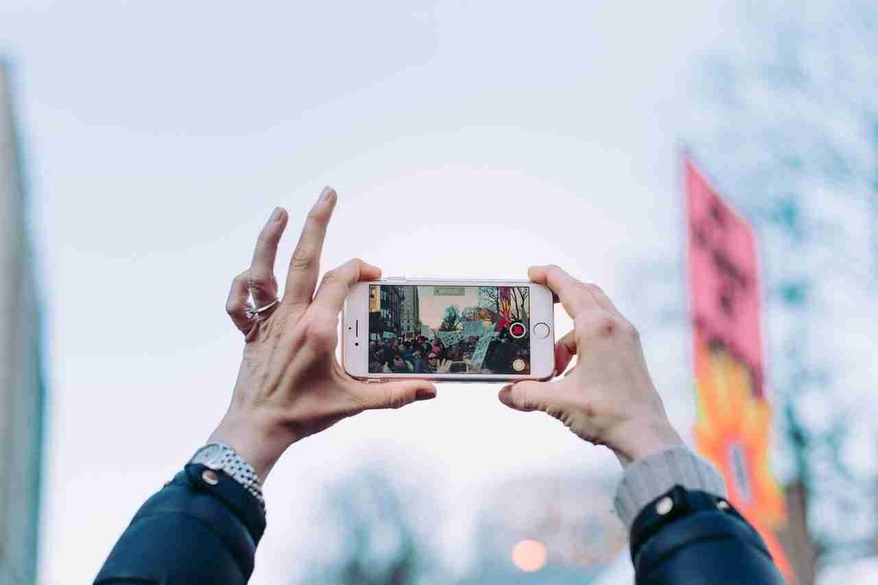 Come modificare i video su iPhone