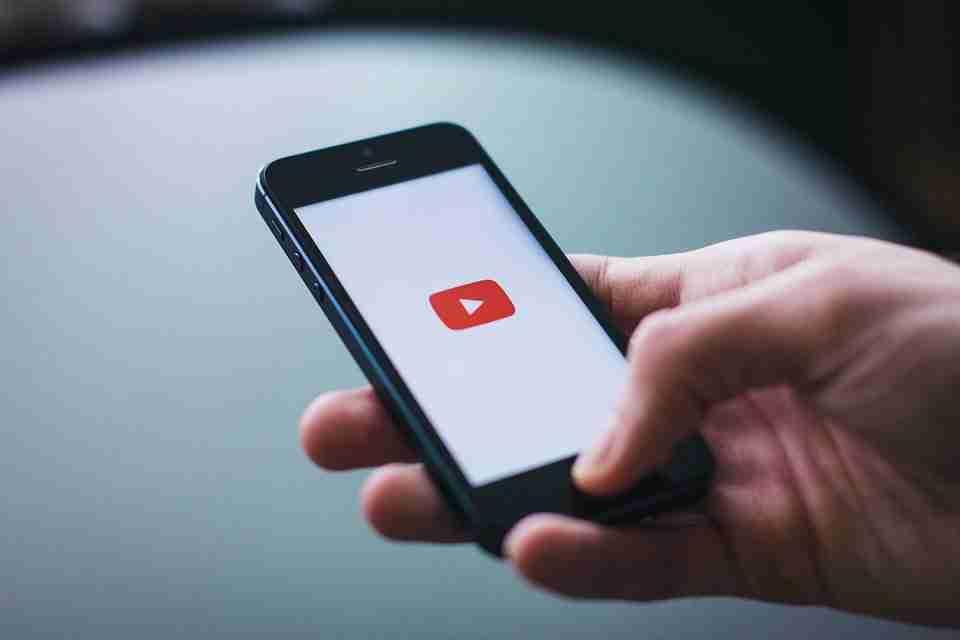 You are currently viewing YouTube ora può ricordarti di fare una pausa