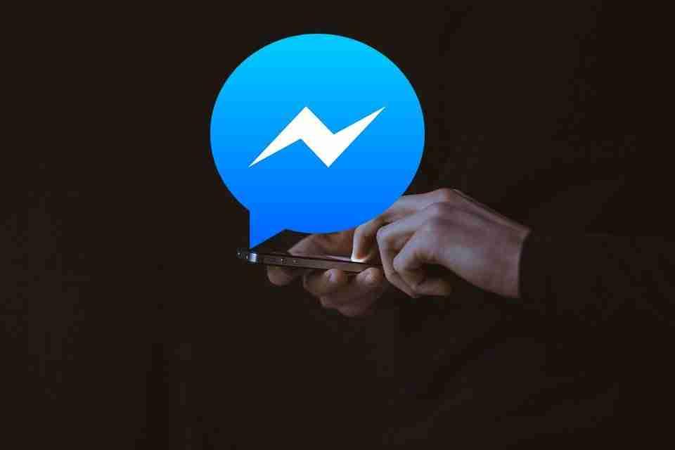 Come inviare messaggi a te stesso su Facebook Messenger