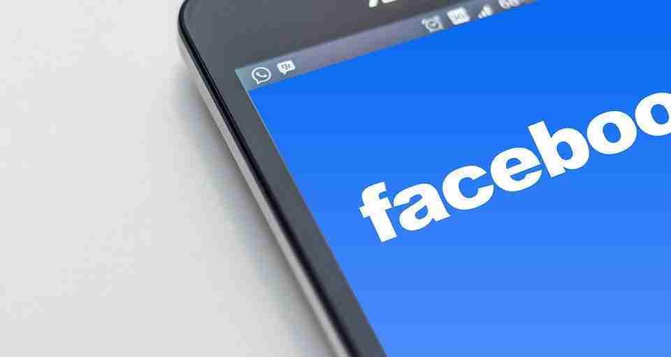 Come cancellare o nascondere il tuo numero di telefono su Facebook