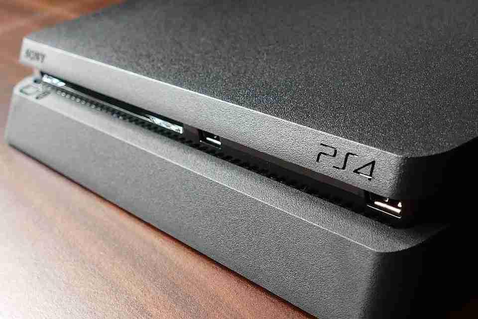 Come risolvere il messaggio che manda in loop l'avvio di PS4