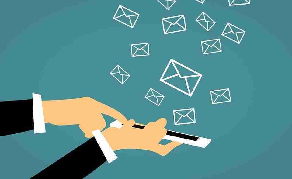 You are currently viewing Migliori app di pianificazione di messaggi WhatsApp, Messenger, Sms e Email