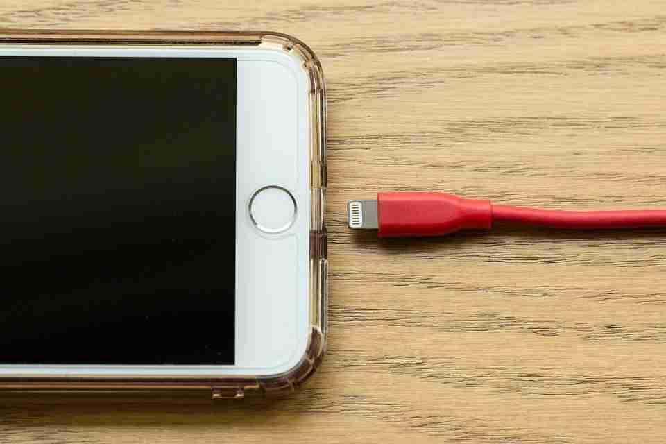 You are currently viewing Come controllare il conteggio del ciclo della batteria del tuo iPhone