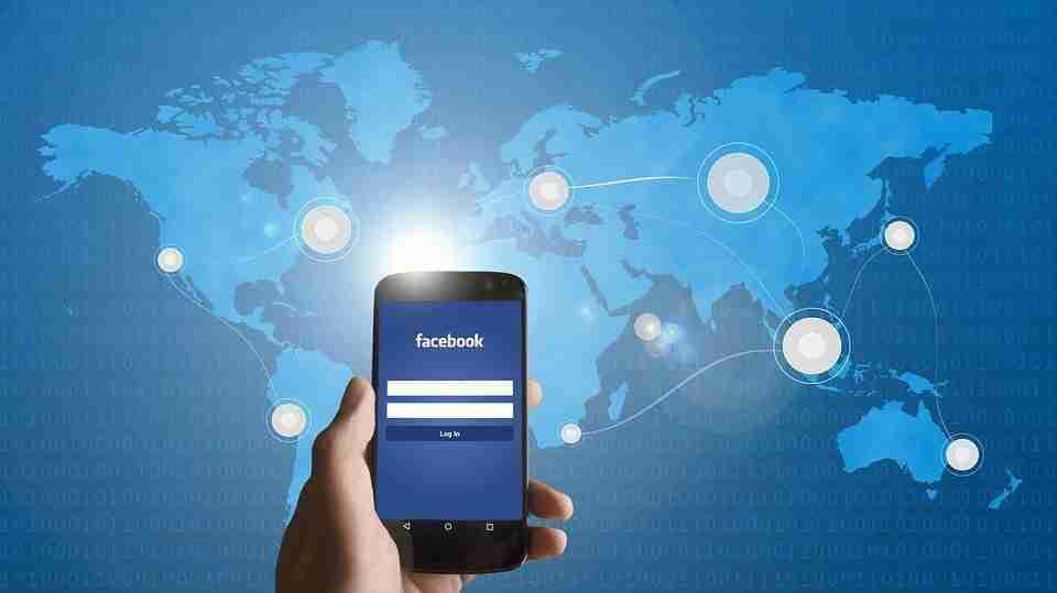 You are currently viewing Come creare e condividere raccolte su Facebook
