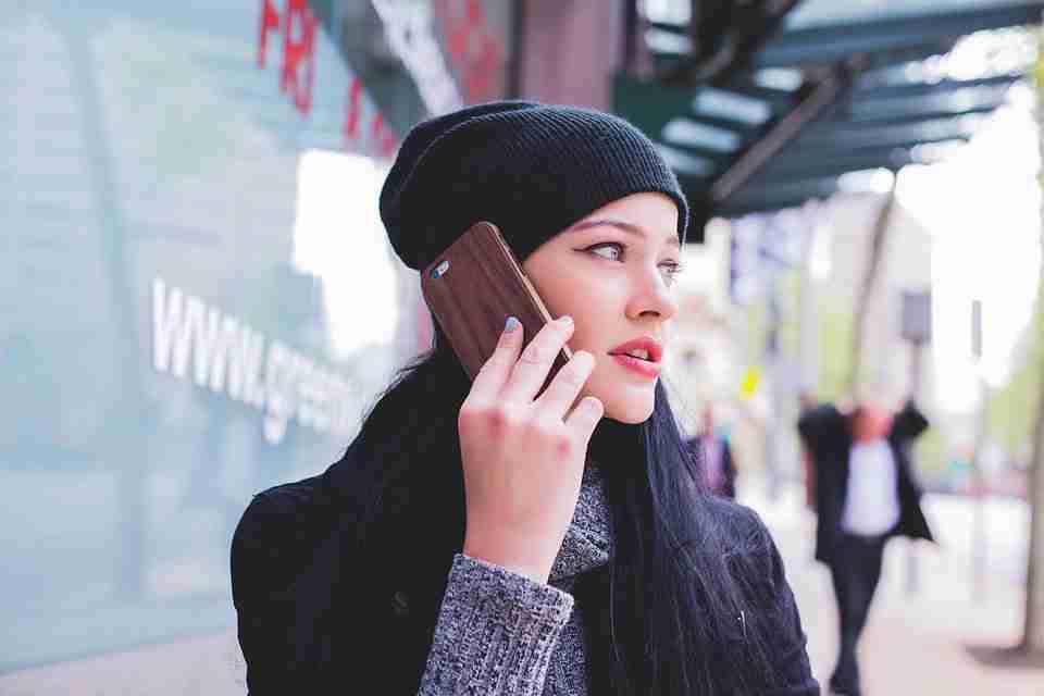 Come deviare le chiamate su smartphone Android e iPhone