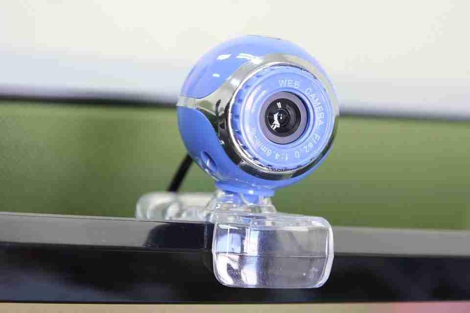 Come disattivare la webcam e il microfono su Windows 10
