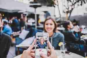 Come nascondere le foto sul tuo iPhone