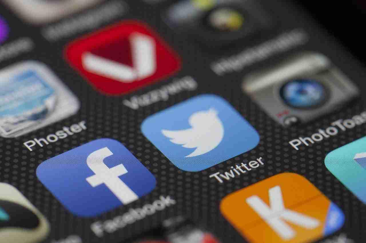 Read more about the article Come condividere i tweet sulla tua storia di Instagram