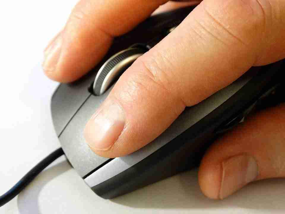 You are currently viewing Come automatizzare i clic del mouse su Windows 10